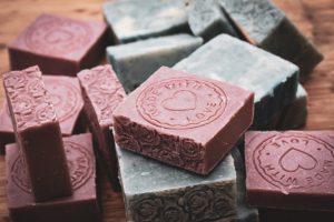 4 סיבות טובות- לחזור לסבון מוצק